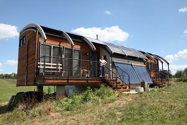 Solar House - web